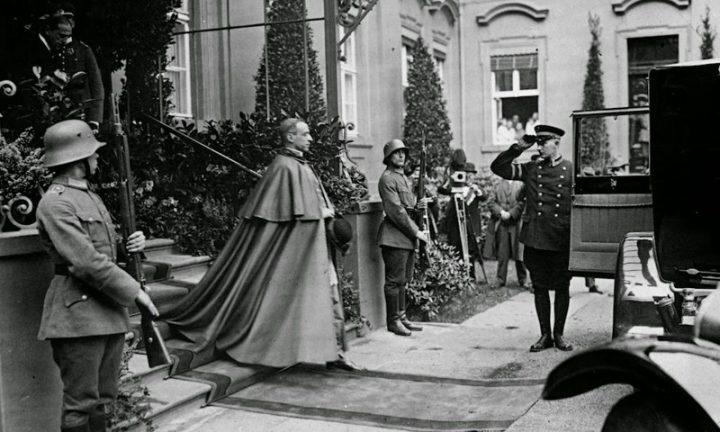 Фашизм и Ватикан: неприглядная страница в истории христианства